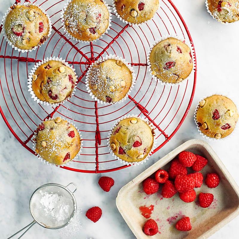 Foto av Muffins med vit choklad och hallon från WW ViktVäktarna