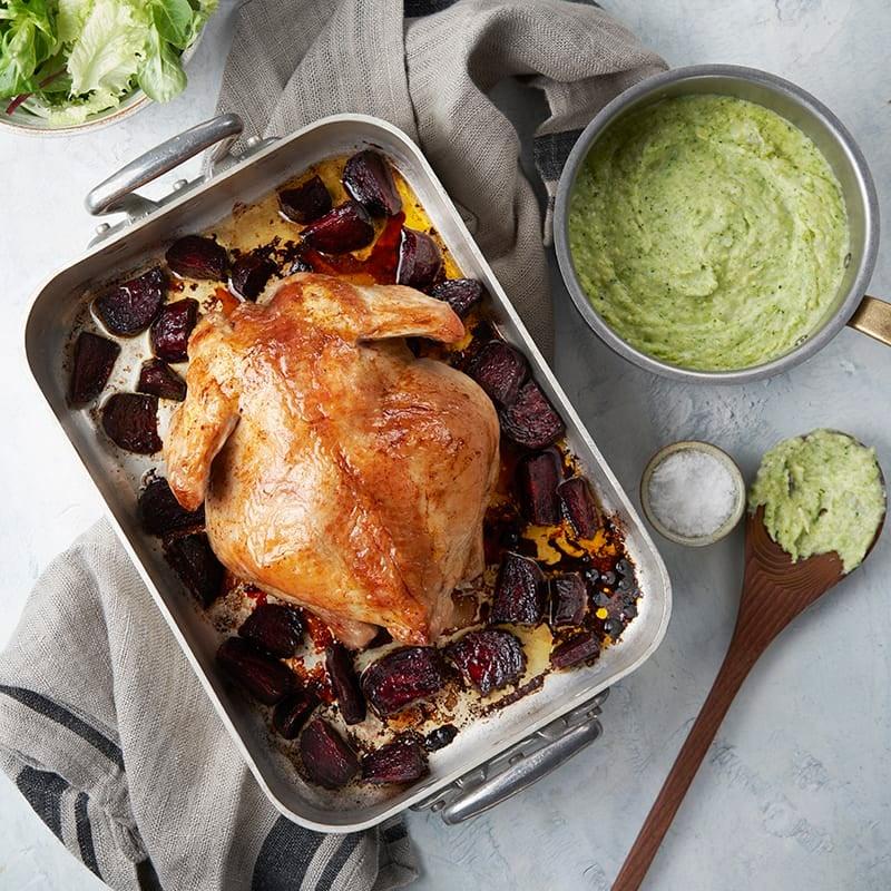 Foto av Ugnsrostad kyckling med betor och broccolimos från WW ViktVäktarna