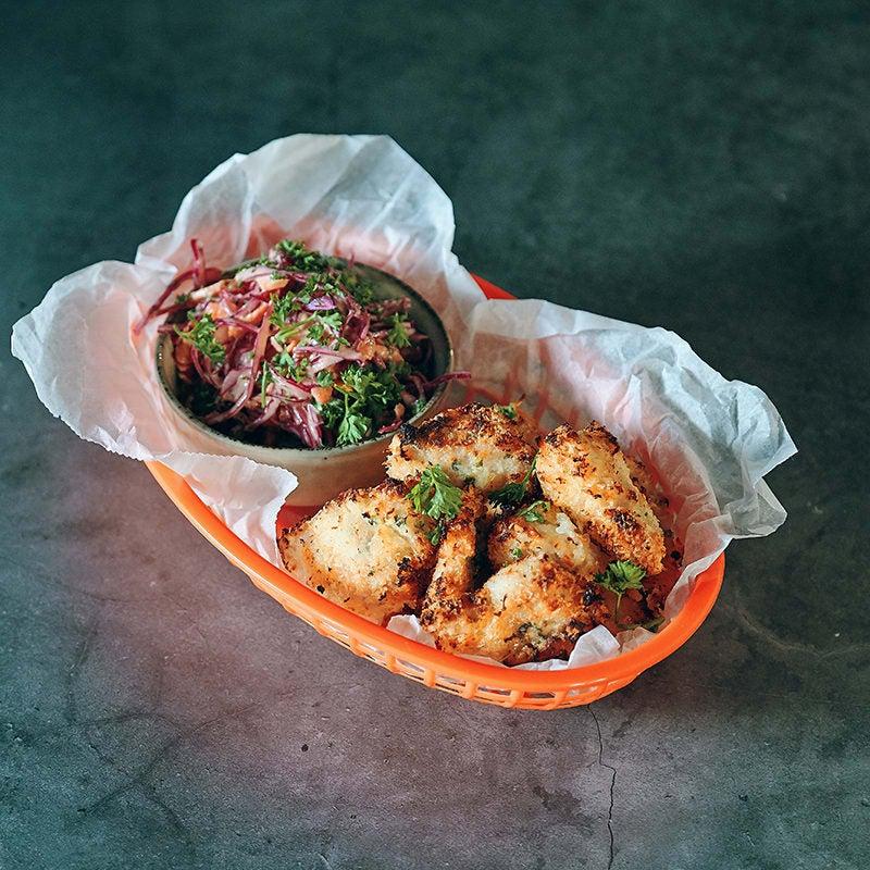 Foto av Amirs pankopanerade kycklingnuggets med coleslaw från WW ViktVäktarna