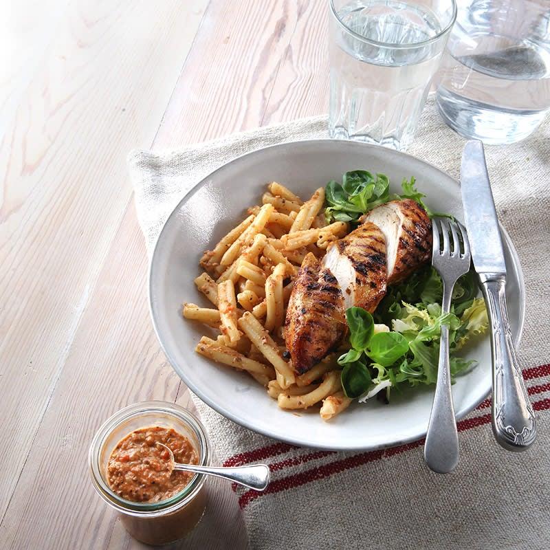 Foto av Grillad kyckling med pasta och paprikapesto från WW ViktVäktarna