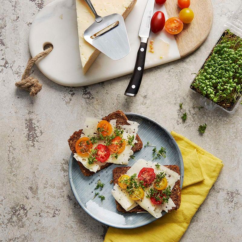 Foto av Rågbröd med ost och tomat från WW ViktVäktarna