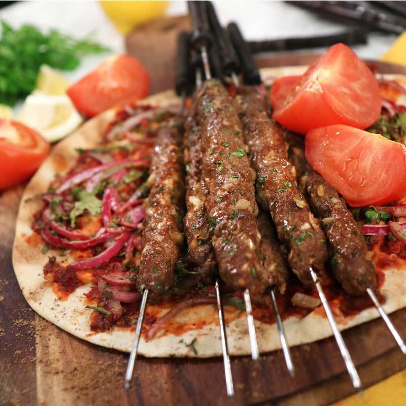 Foto av Zeinas kebabspett med ugnsbakade libabröd från WW ViktVäktarna