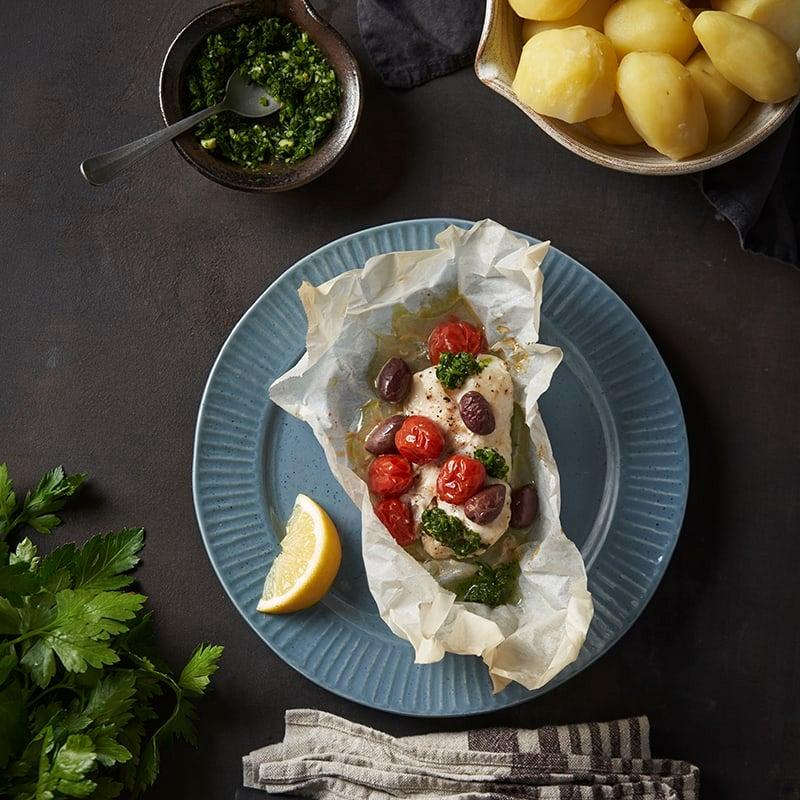 Foto av Torskrygg i paket med oliver och gremolata från WW ViktVäktarna