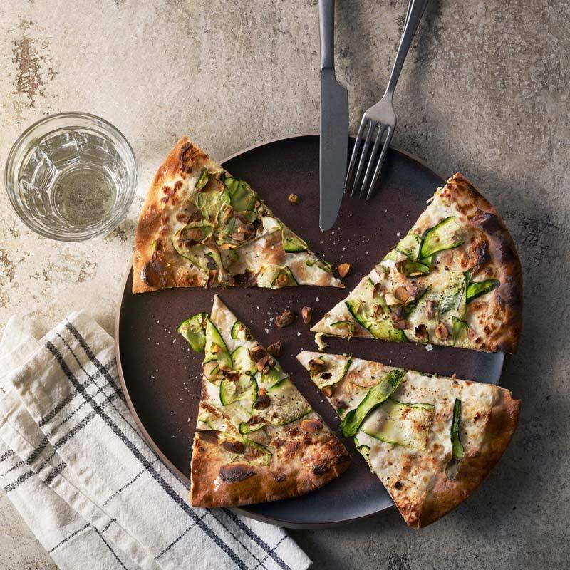 Foto av Libapizza med zucchini, chèvre och pistagenötter från WW ViktVäktarna