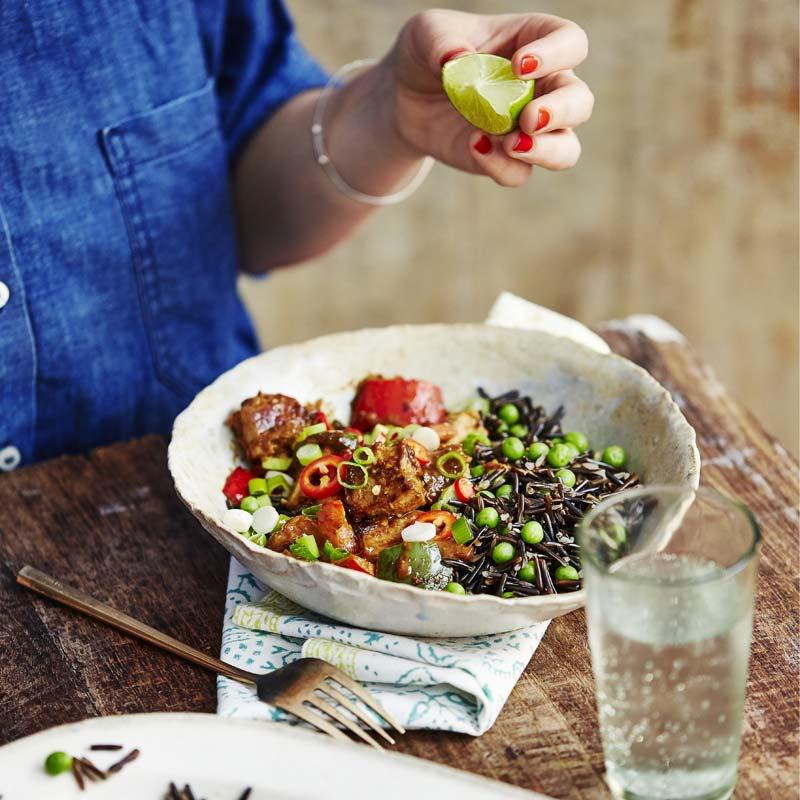 Foto av Jordnötsmarinerad fläskkarré med svart ris från WW ViktVäktarna