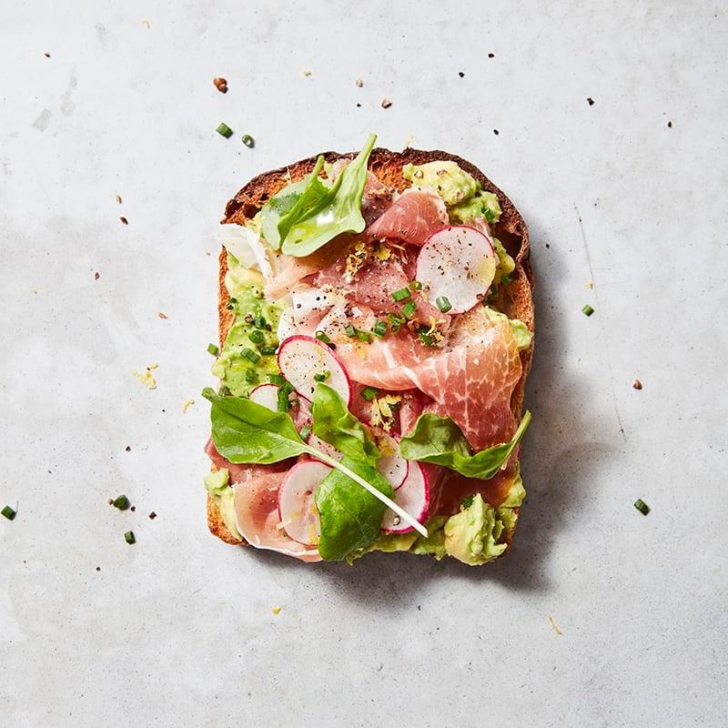 Foto av Rostad bröd med avokado och prosciutto från WW ViktVäktarna