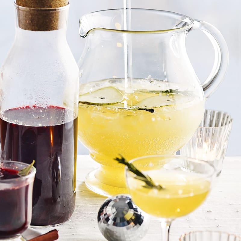 Foto av Gin och tonic med päron och rosmarin från WW ViktVäktarna