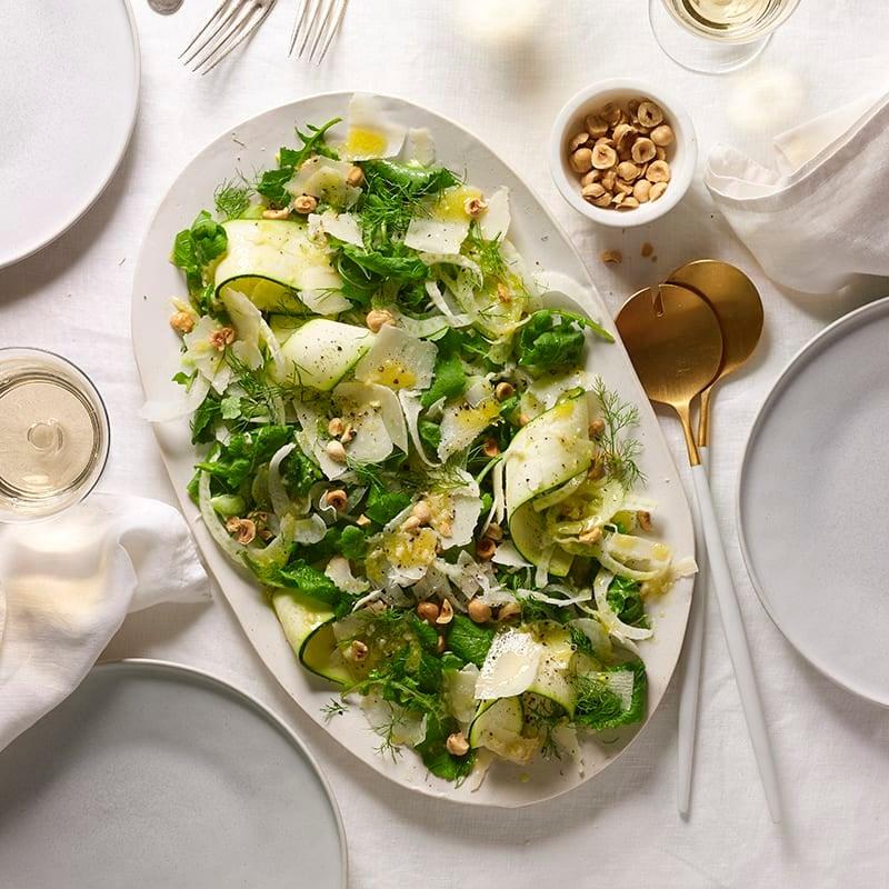 Foto av Zucchini- och fänkålssallad med hasselnötter från WW ViktVäktarna