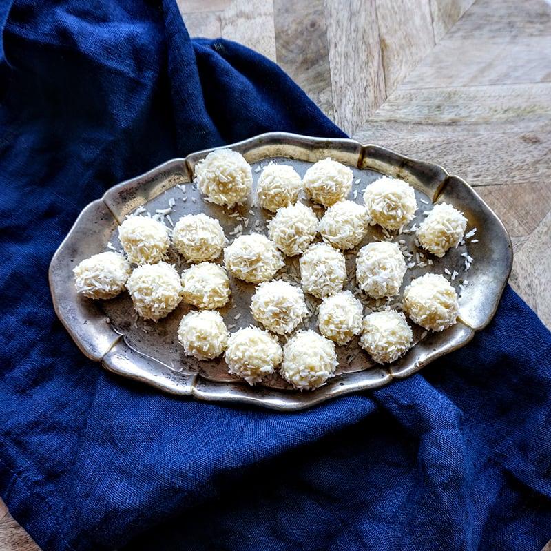 Foto av Pernilla Wahlgrens snöbollar med vit choklad från WW ViktVäktarna