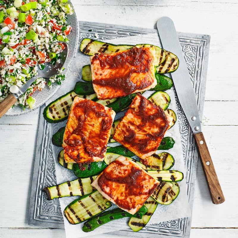 Foto av Harissalax med grillad zucchini och blomkålstabbouleh från WW ViktVäktarna