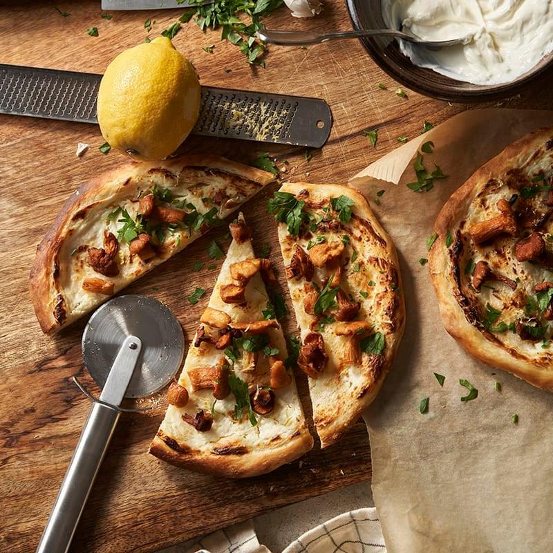 Foto av Långjäst pizza med citron och kantareller från WW ViktVäktarna