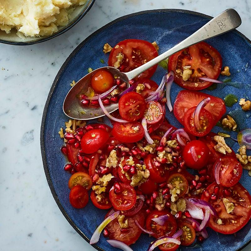 Foto av Tomatsallad med granatäpple och valnötter från WW ViktVäktarna