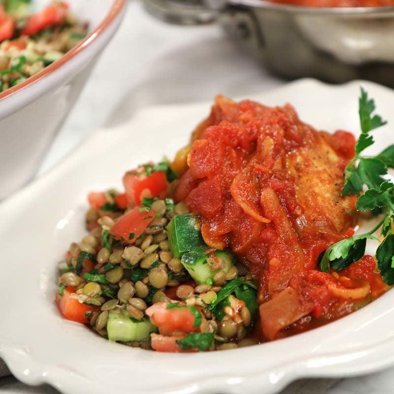 Foto av Zeinas kyckling i tomatsås med libanesisk linssallad från WW ViktVäktarna