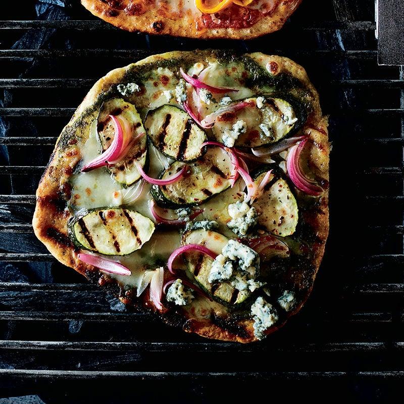 Foto av Grillad pizza med grönsaker, pesto och ädelost från WW ViktVäktarna