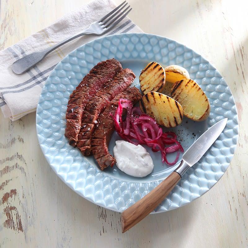 Foto av Flankstek med grillad potatis och picklad rödlök från WW ViktVäktarna