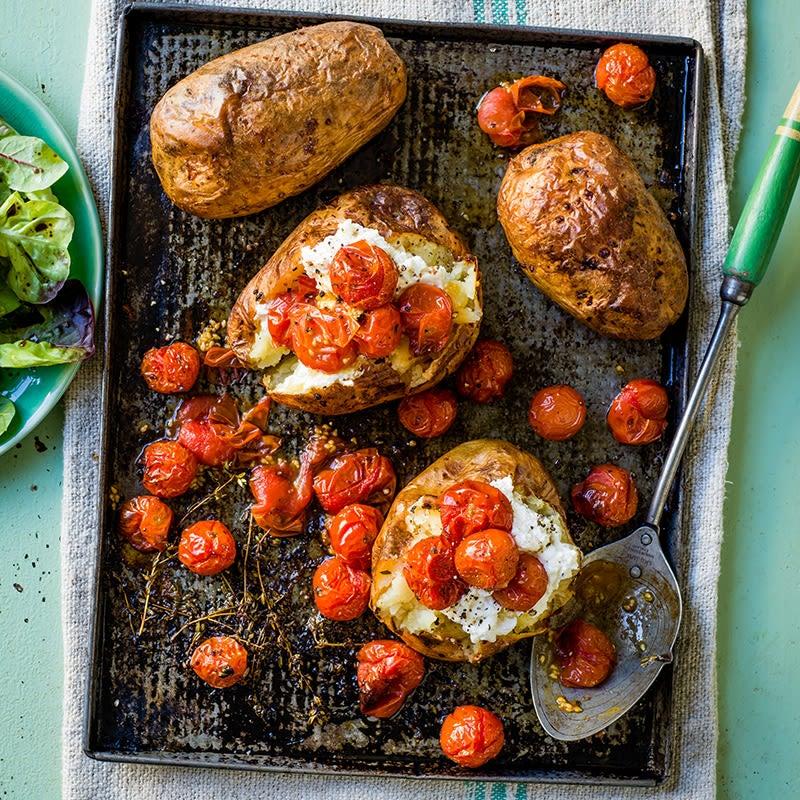 Foto av Bakad potatis med rostade tomater och ricotta från WW ViktVäktarna