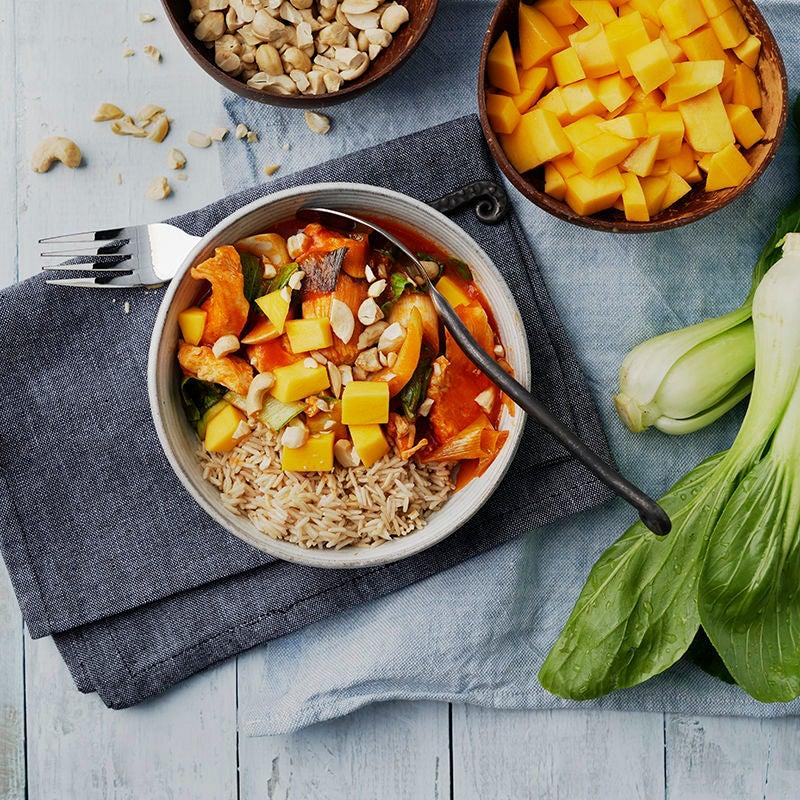 Foto av Kokosdoftande kycklinggryta med mango och pak choi från WW ViktVäktarna
