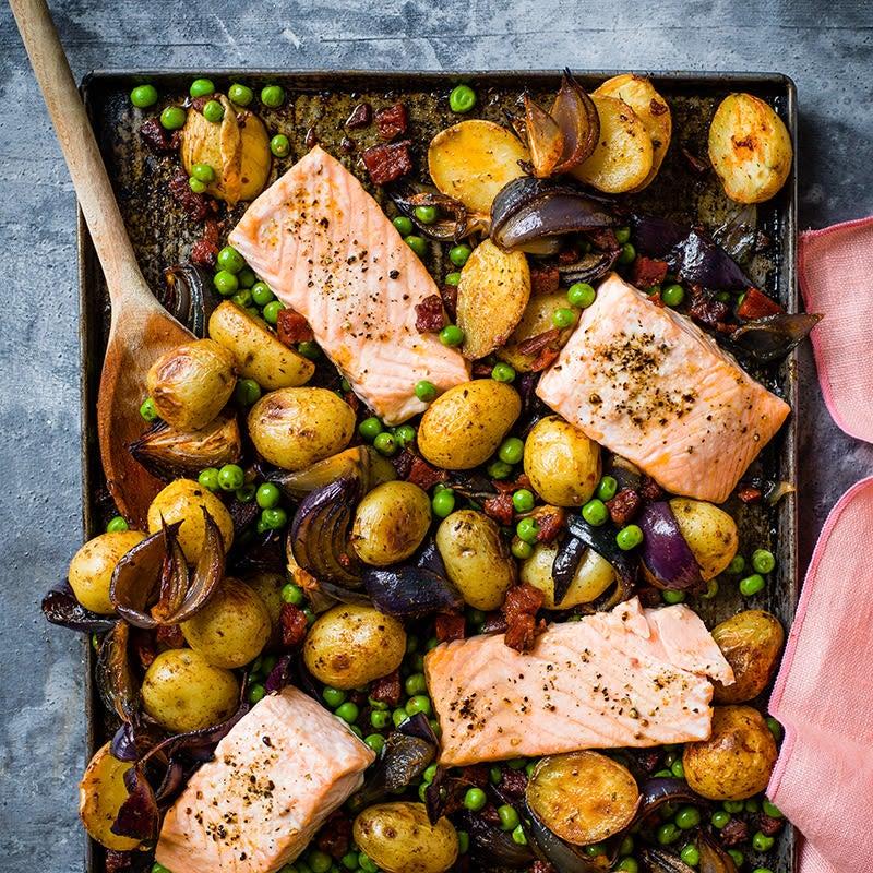 Foto av Rostad lax med ärtor, potatis och chorizo från WW ViktVäktarna